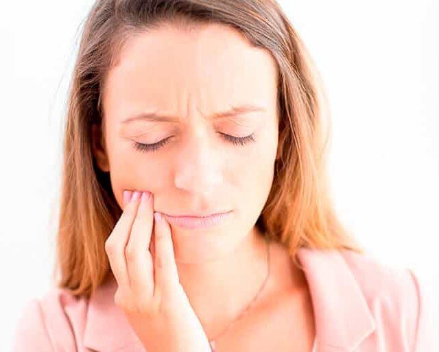 Cómo Tratar Emergencias Dentales Desde Casa